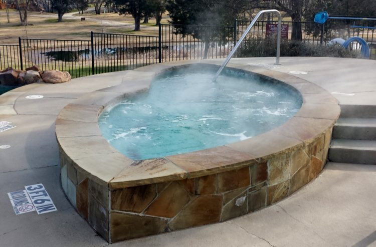 Outdoor hot tub at Mill Creek Ranch Resort