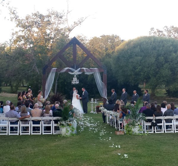 Outdoor wedding in Canton, TX at Mill Creek Ranch Resort